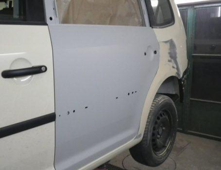Unfallschaden – einsetzen einer neuen Tür