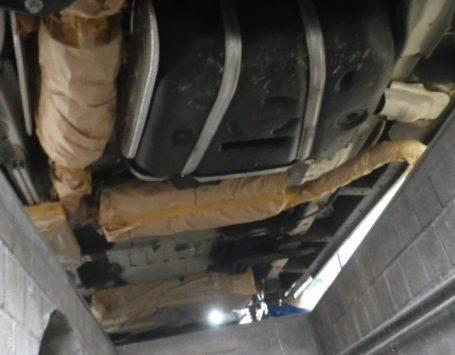 Richtig abkleben auch unter dem Fahrzeug.